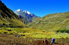 Caitlin Doughty in Perú